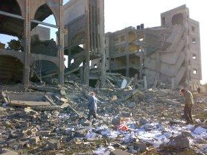 hus raserad i gaza